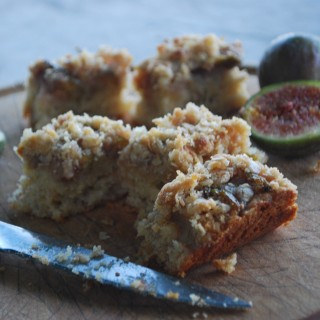Fig Tray Bake Slices