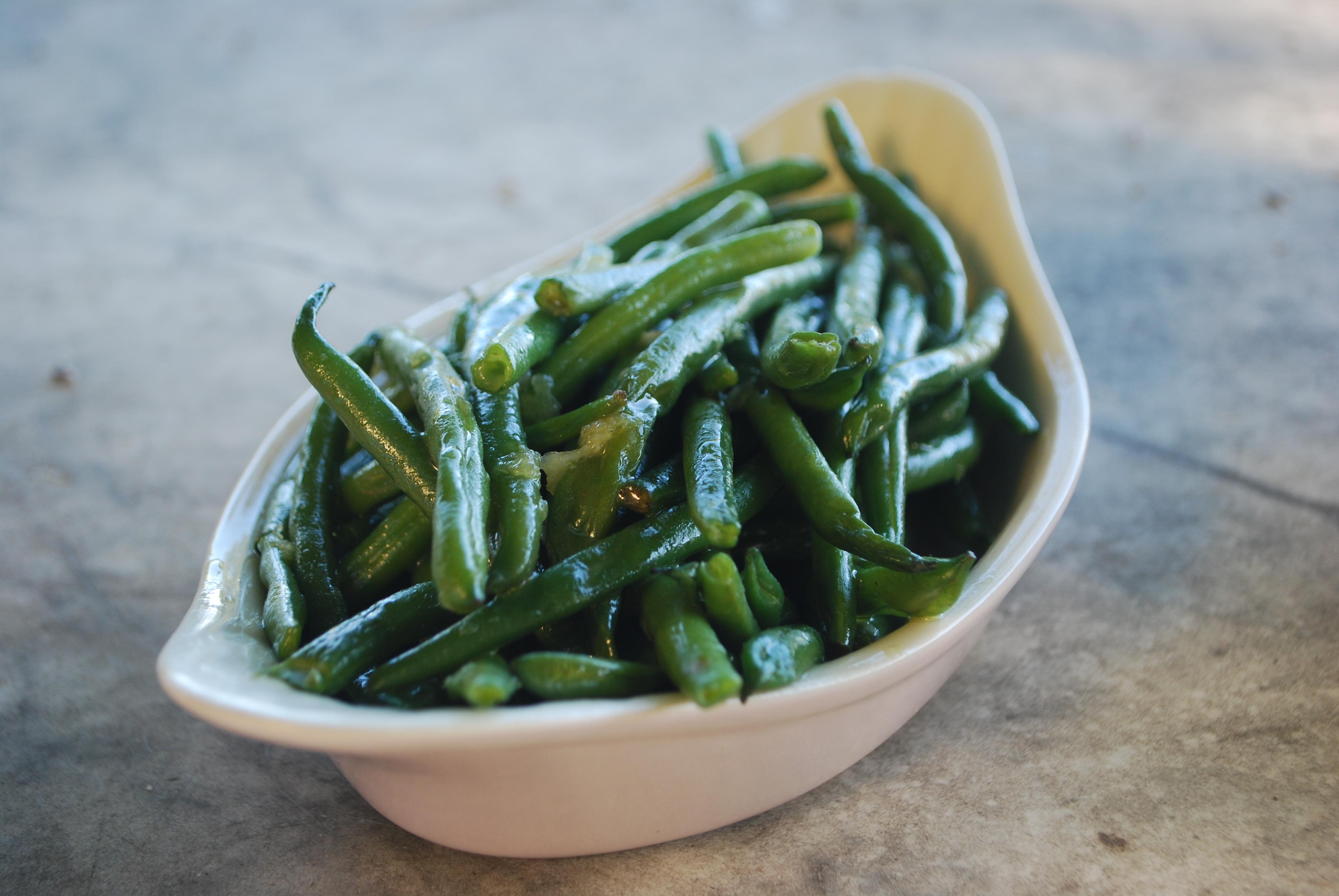 Crunchy green beans