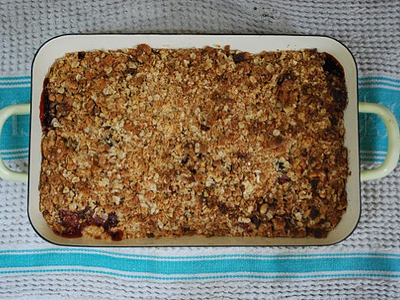 Apple & Date Crumble