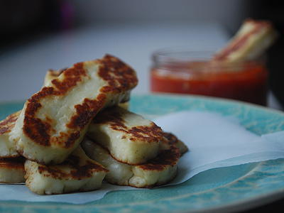 Halloumi Sticks with Harissa Dip