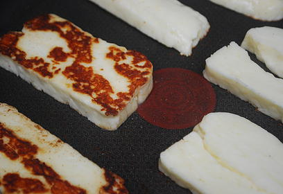 Halloumi Sticks with Harissa Dip - preparation